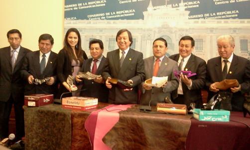 Congresistas liberteños impulsan Calzaferia Porvenir Trujillo 2011